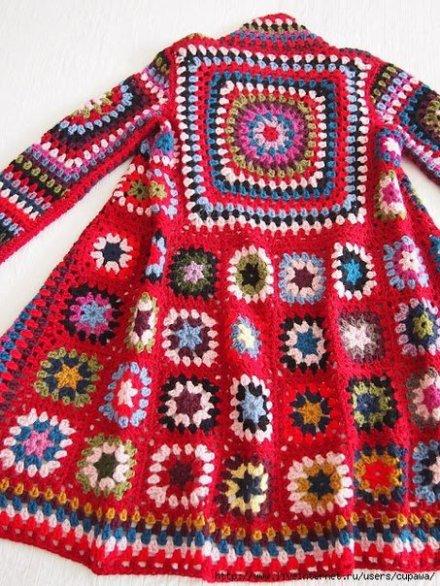 Schicker Mantel aus Granny Squares | BENNELLE