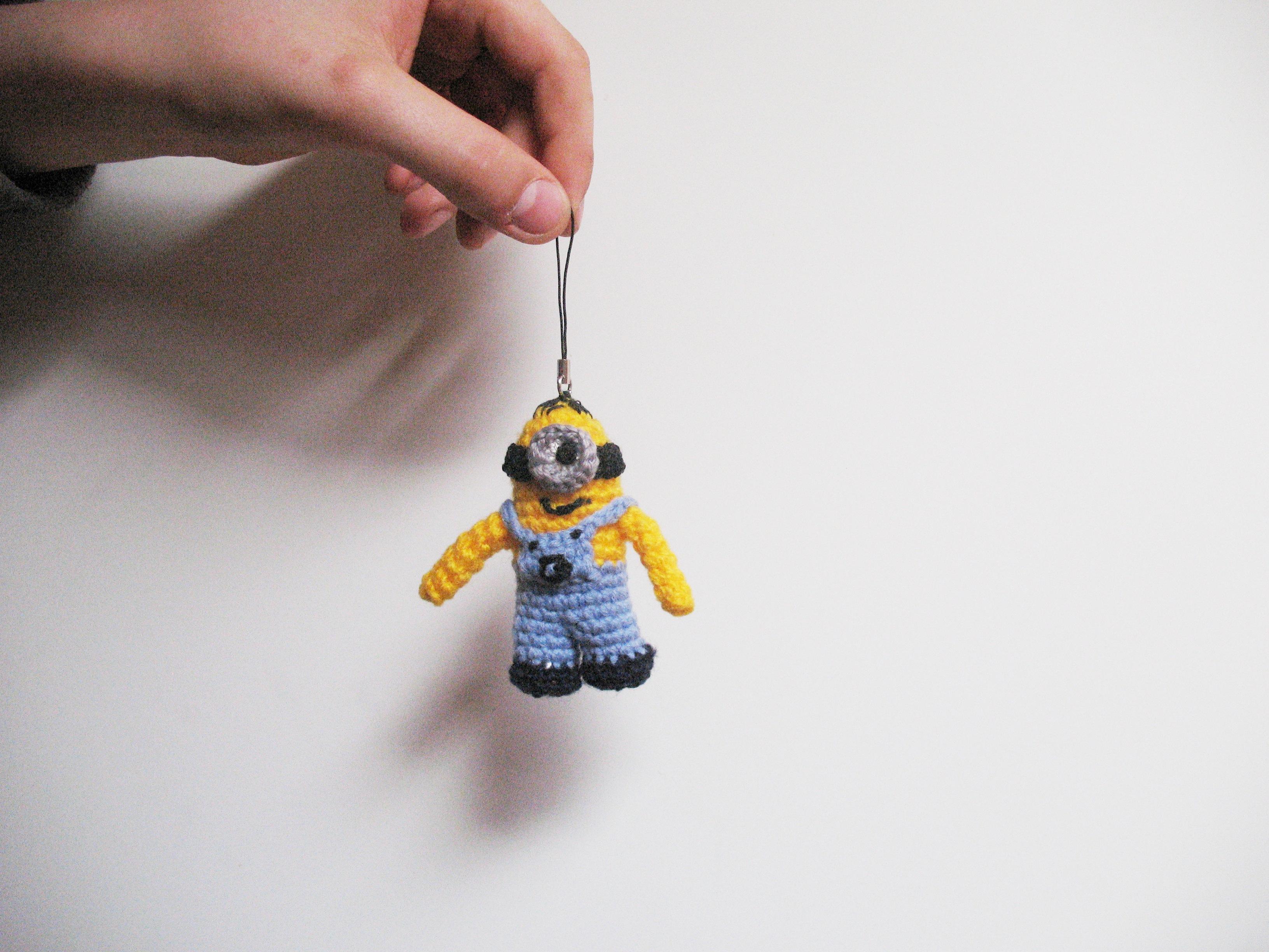 Amigurumi Minion Schlusselanhanger : Minion inspired keychain // Minion-Amigurumi als ...