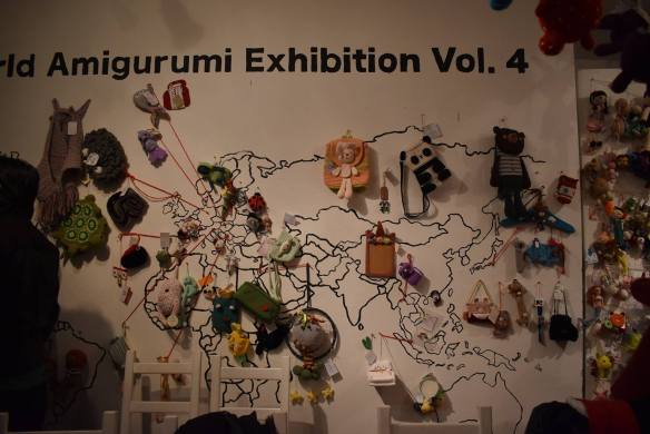 5th World Amigurumi Exhibition – MLINDDOLLS   390x584